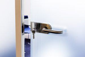 lockable glass door
